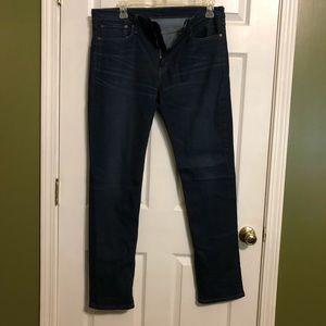 Men's Dark Wash Levi's Jeans